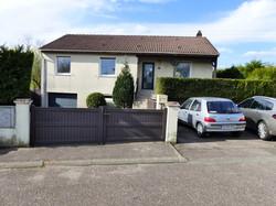 Maison ind. à Pontpierre 158000€