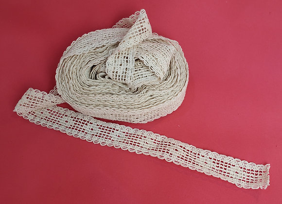 Renda de algodão cor bege 3cm(largura) X 2MT