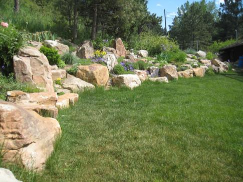 3 - Dash garden wall established (South view).JPG