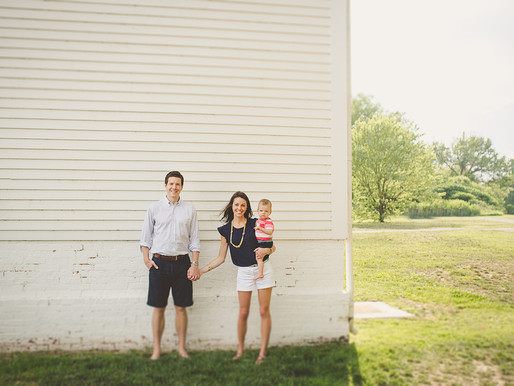 Family session + cake smash in Old Town Alexandria