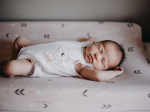 Posed - Lifestyle newborn session