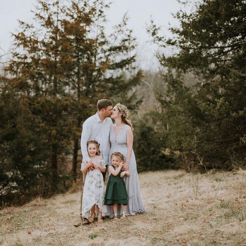 FAMILY SESSION - Chris Greene Lake, Charlottesville