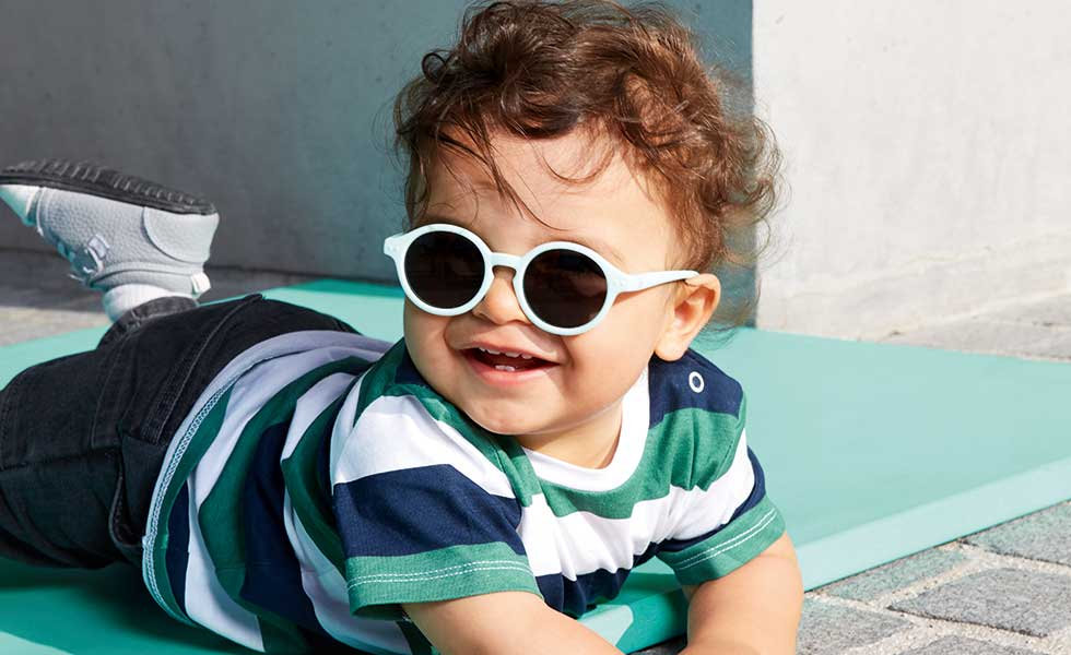 IZIPIZI-baby-solbrille-ease-cph.jpg