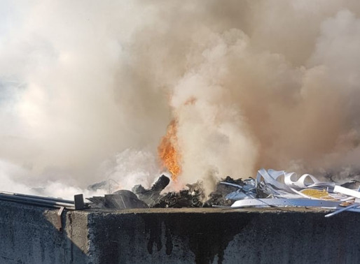 Incendio Piattaforma Ecologica Colzate