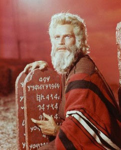 ten-commandments-for-every-indian-going-
