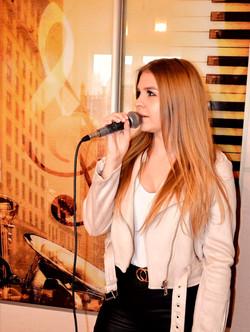 Iza - Vocal