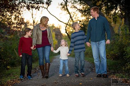 family photographer in hopkin mn