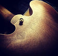 #semihollow #undergroundinstruments #lut