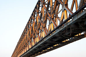 2018_shutterstock_Brücke.jpg