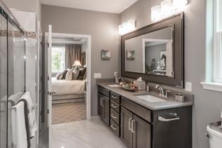 KLM Adams model new bathroom
