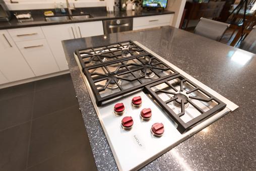 KLM Grayslake Kitchen Renovation Stoveto
