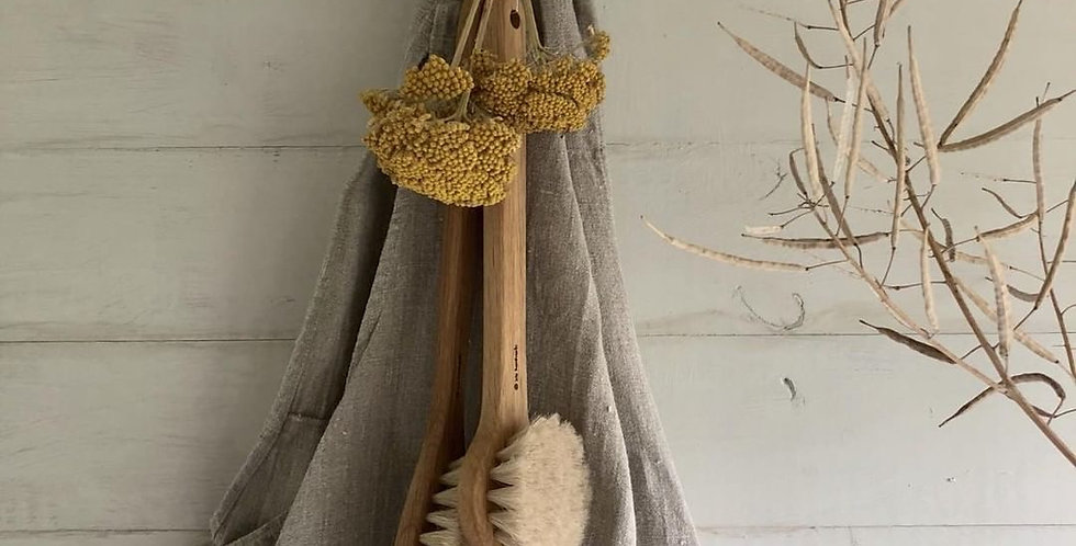 Oak Bath Brush with Handle