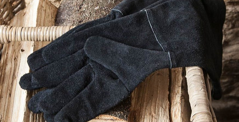 Gauntlets Gloves in Black - Leather