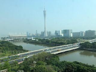 ▲ 廣州塔: 從活動大樓這邊可以一覽廣州塔風景阿~