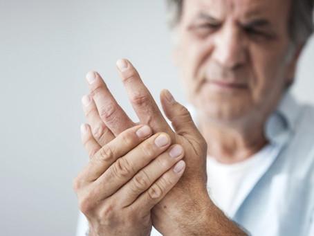 ¿Qué es la mano reumática y cómo puede tratarse?
