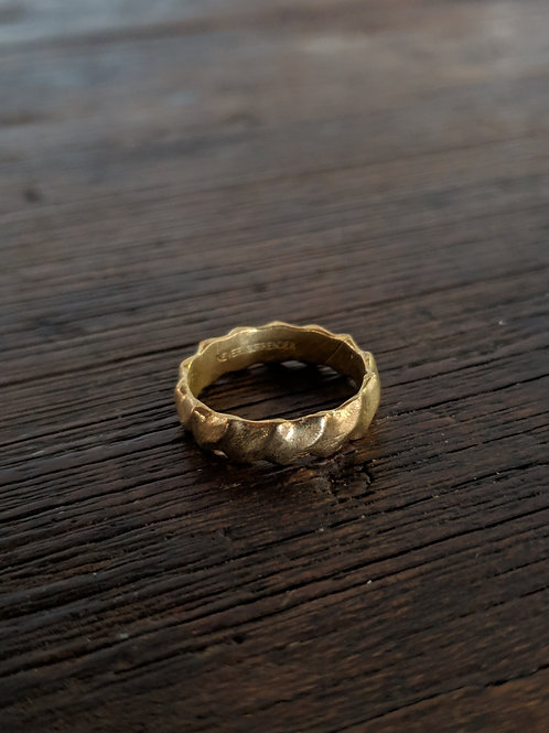 Twisted Ring Brass