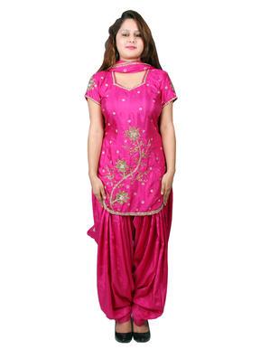 Patiala suit-Mehroom iii copy.JPG