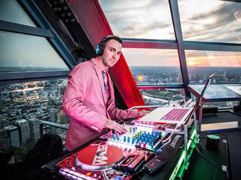 DJ-Event Host