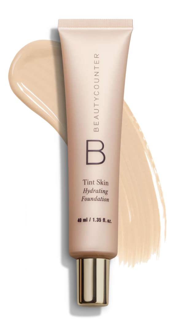 This medium coverage nontoxic foundation will leave your face hydrated, with no caking