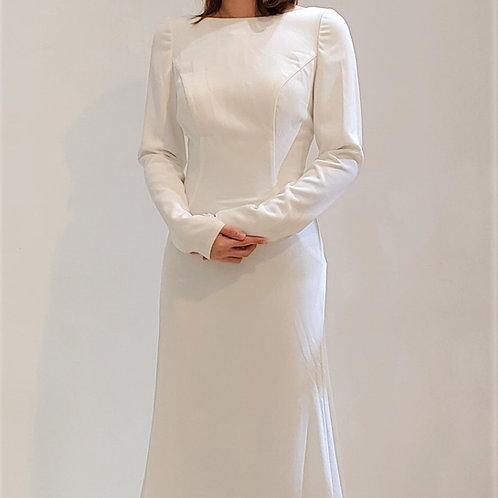 A540 - 素面長袖魚尾輕婚紗