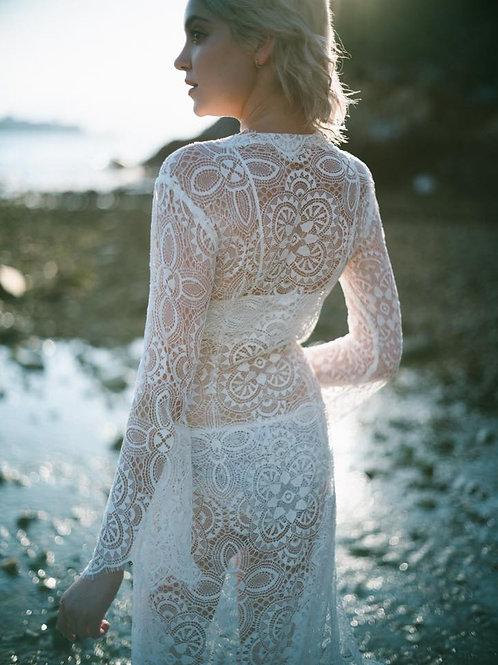 R001 -波希米亞長袖Lace外套+吊帶內襯裙