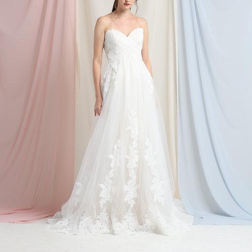 WGA018 - 心形胸Lace長拖尾婚紗