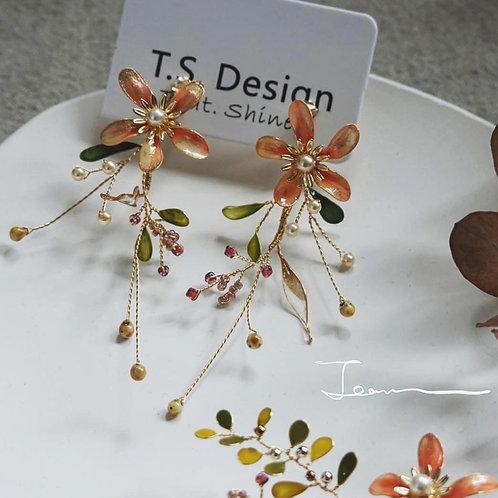 復古橙金花飾耳環(針/夾)(需兩星期製作)