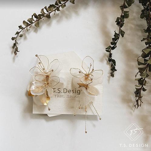 夏日的風景 - 白紗透明花耳環(針/夾)(需兩星期製作)