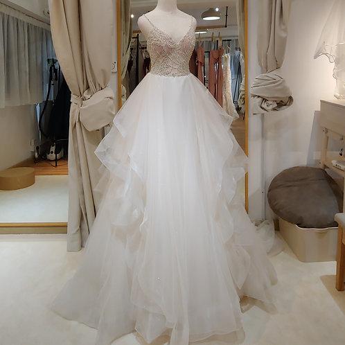 EG1906 - 吊帶釘珠香檳色婚紗