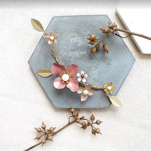 雀躍春晨- 紫紅大花配小白花髮飾(需兩星期製作)