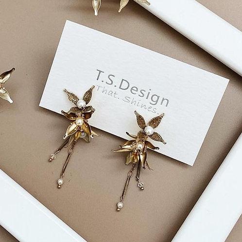 金色星光-金色星星耳環(針/夾)(需兩星期製作)