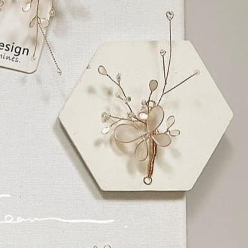 珍珠白蝴蝶單件髮飾(需兩星期製作)