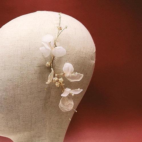 夢幻白紗-白紗花瓣髮飾 (需兩星期製作)