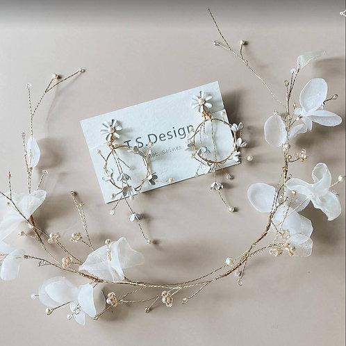 夏綠蒂花園-白碎花花圈及耳環套裝(針/夾) (需兩星期製作)