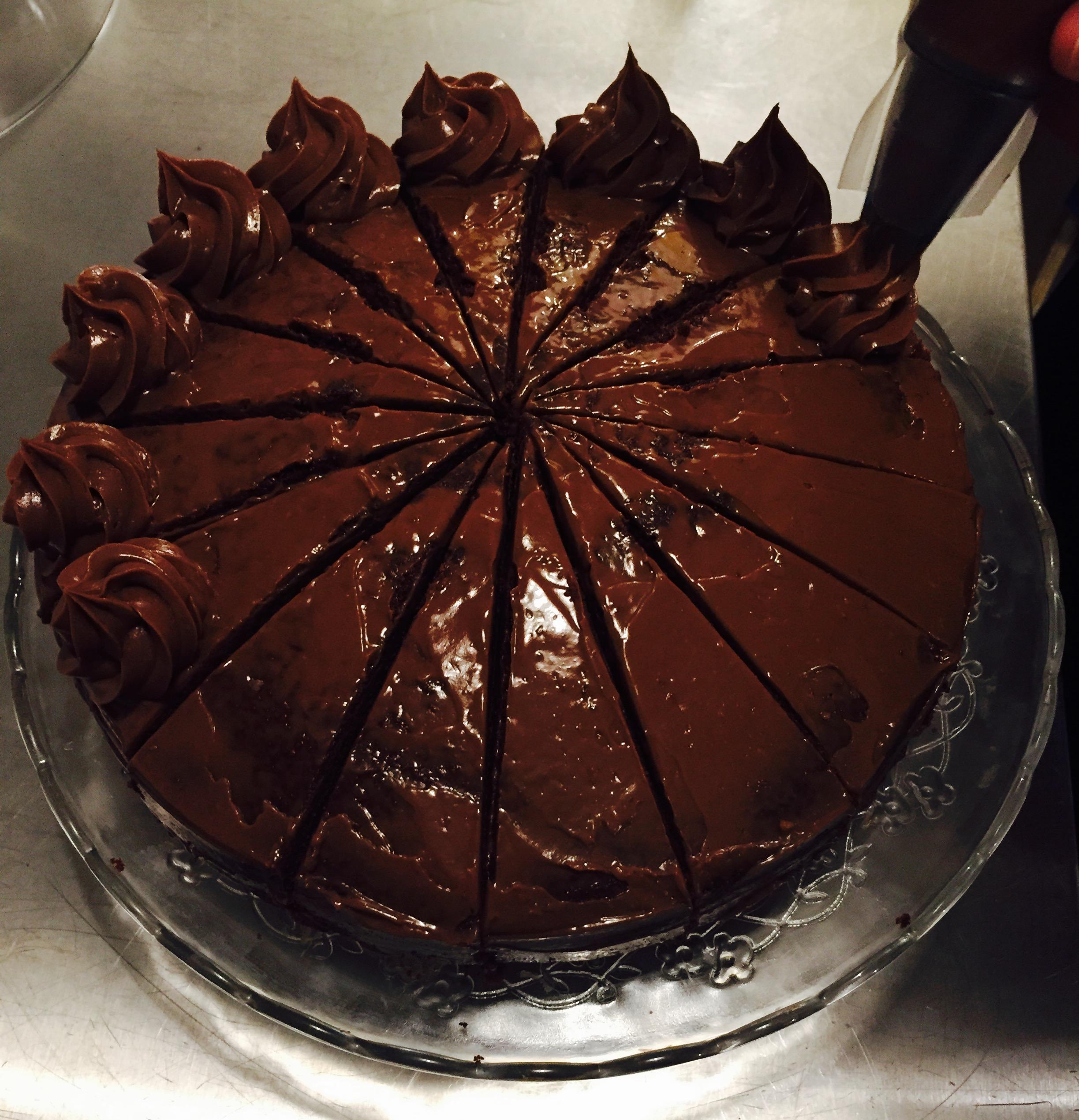 Gâteau extrême (tout chocolat)