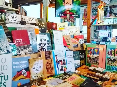 Cercade 126mil pessoas já visitaram a 33ª Feira do Livro em Caxias do Sul