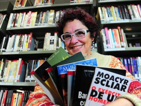 Maria Nair da Cruz é homenageada da 33ª Feira do Livro de Caxias do Sul