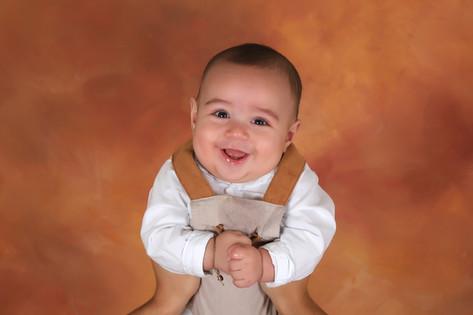 Bebé fotografado em estú