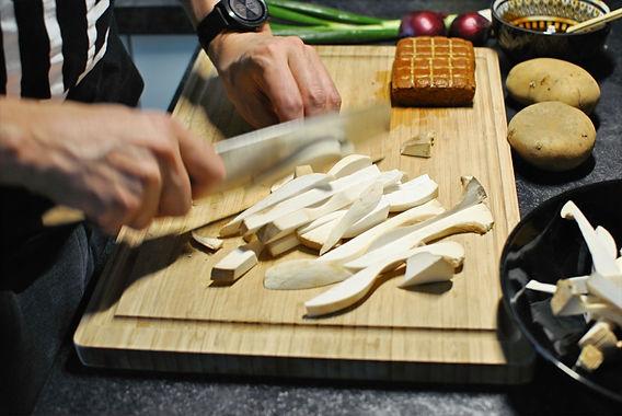 BBQ-Kräuterseitlinge auf Stangenbohnen-Püree