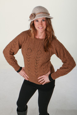 Alpaca pullover sweater in natural brown
