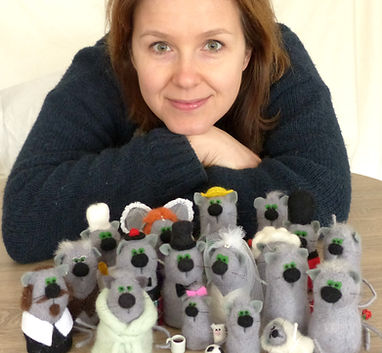 Needle felted cats.jpg