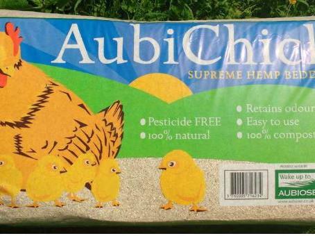 Bedding and Litter: Aubichick Hemp Bedding