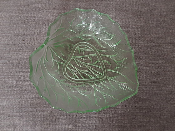 Glass Leaf Bowl