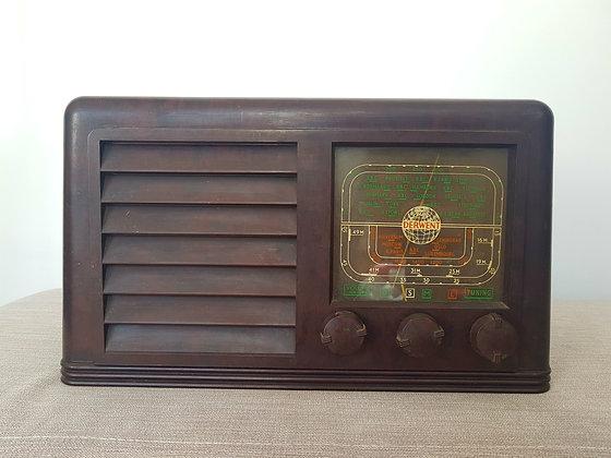 Derwent Bakelite Radio