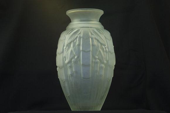 Muller Freres Vase