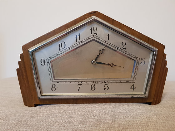 Stepped Mantle Clock