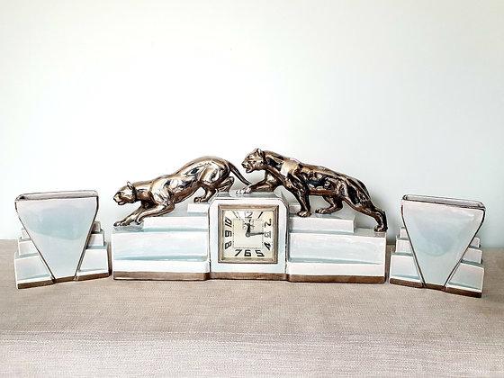 Odyv Panther Clock Garniture