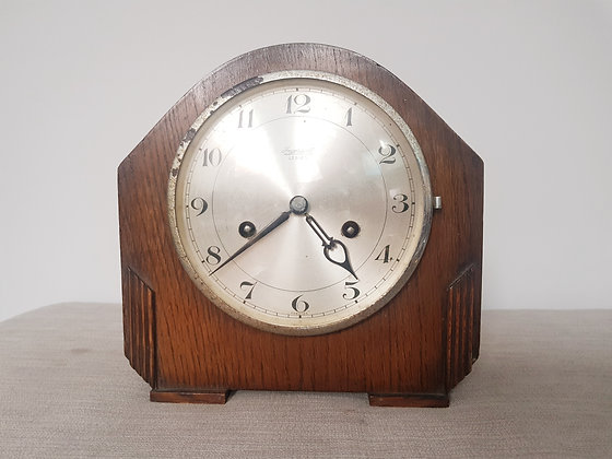 Ingersoll Striking Mantle Clock
