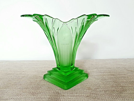 Walther & Sohne Green Greta Vase