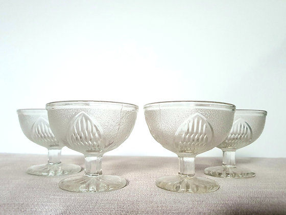 Set of 4 Footed Sundae Dishes